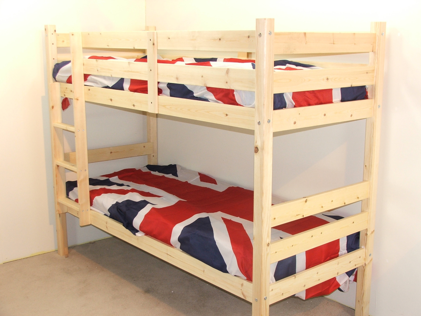 Ranch 2ft 6 Small Single SHORT LENGTH Solid Pine LOW Bunk Bed