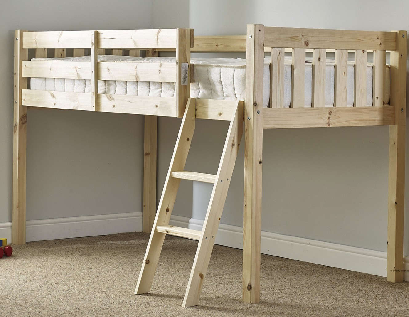 Avalon 3ft Single SHORT LENGTH Solid Pine Cabin Bed