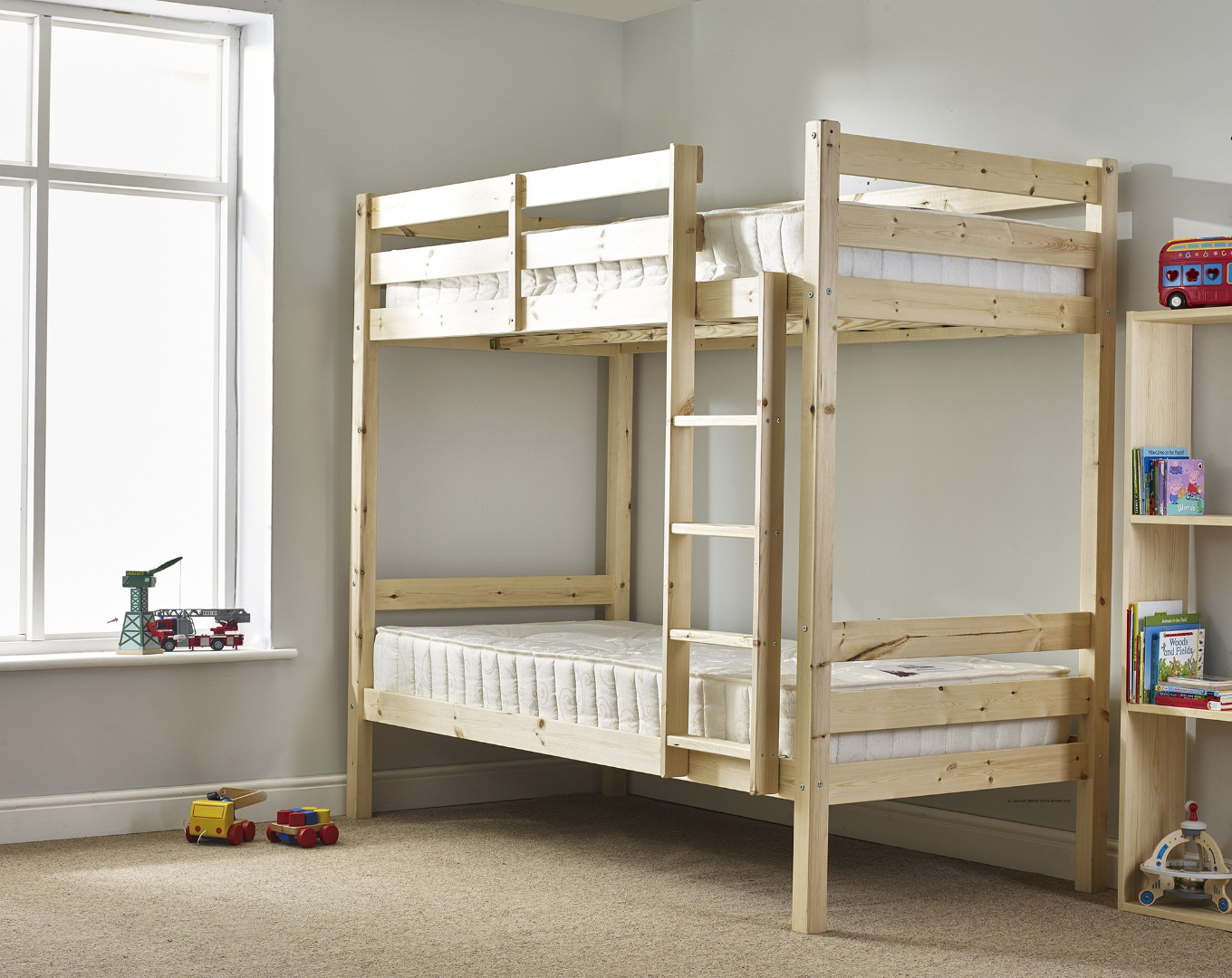 Everest 2ft 6 small single heavy duty solid pine high bunk bed for Unfinished loft bed