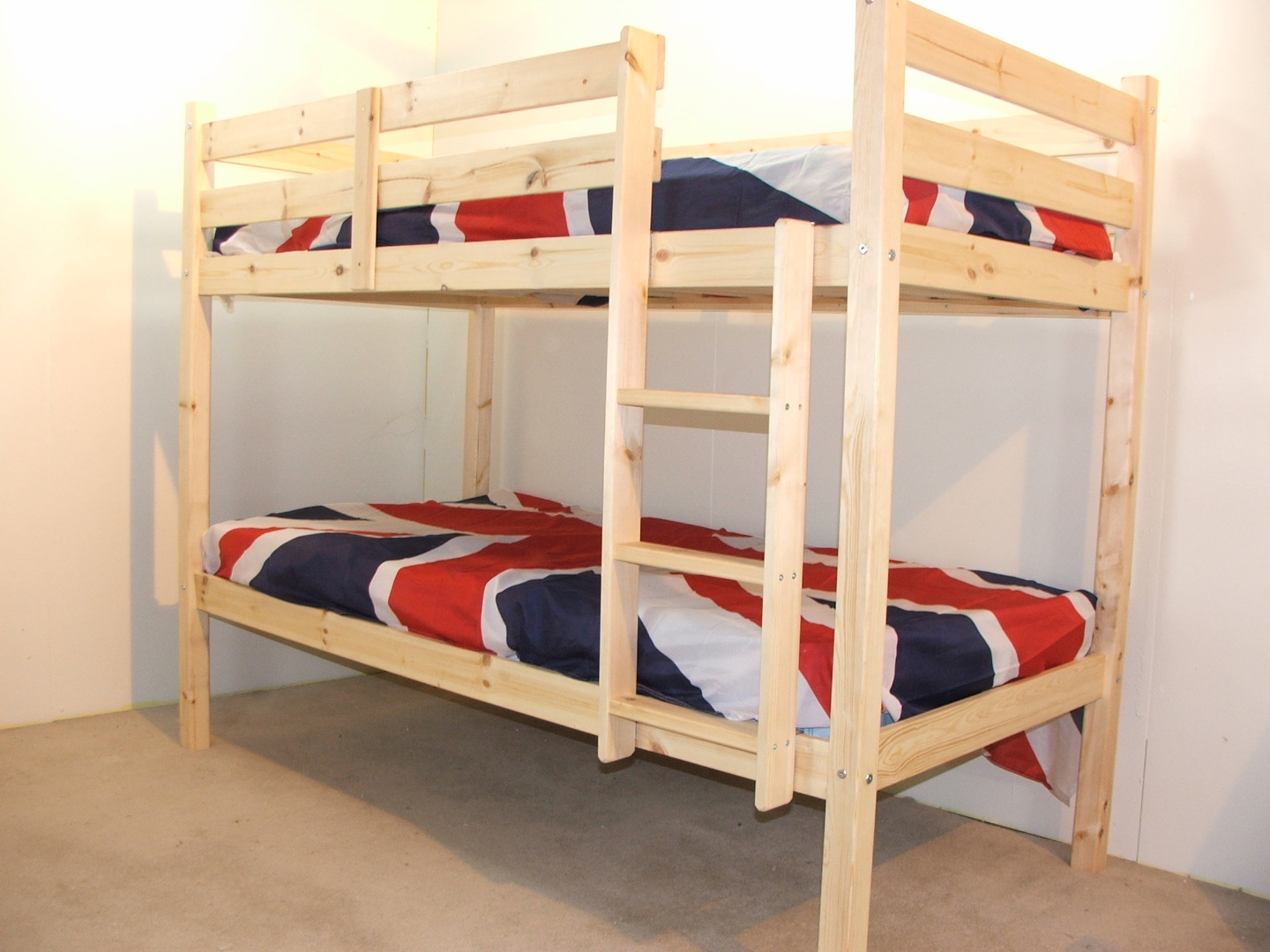 goliath 3ft single solid pine heavy duty low bunk bed. Black Bedroom Furniture Sets. Home Design Ideas