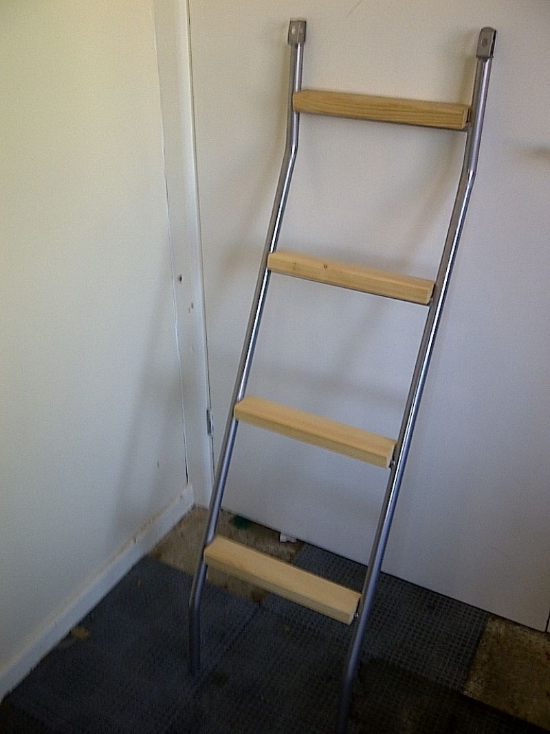 bunk bed ladder and - photo #32