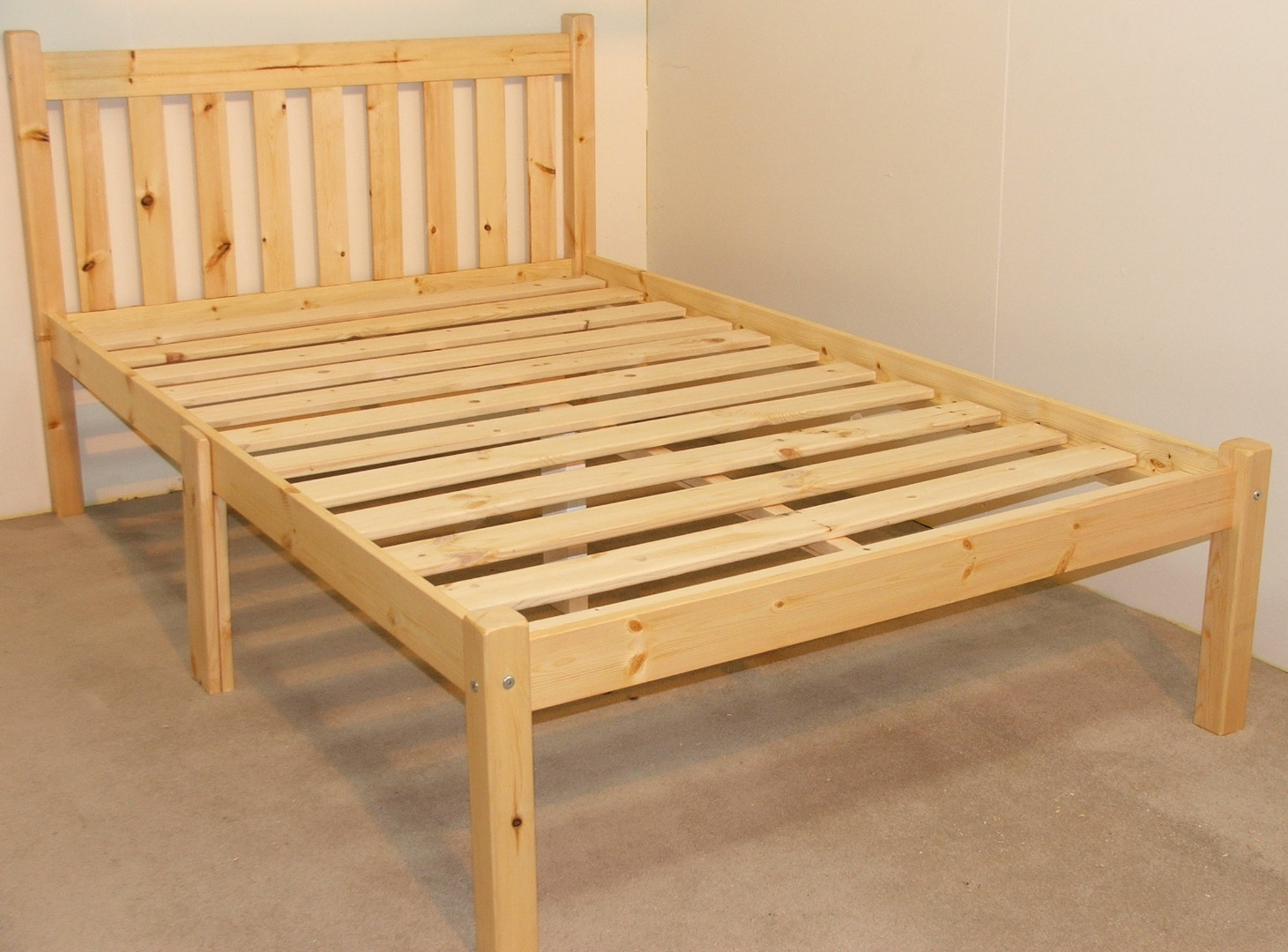 Zues 5ft Kingsize Heavy Duty Solid Pine Bed Frame
